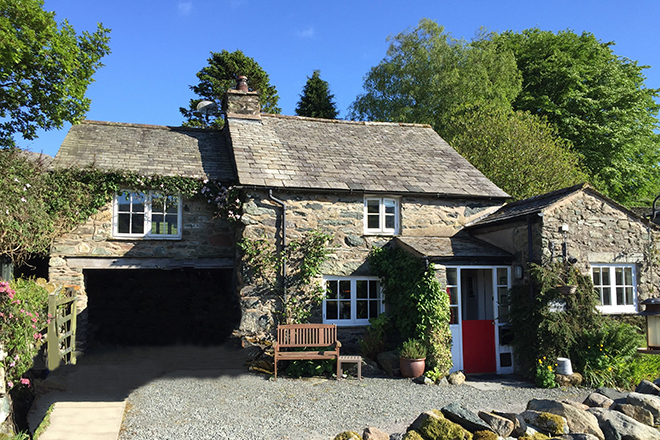 Self Catering - The Duddon Valley. lowhollin